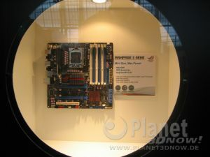 CeBIT 2009 - Mainboards Asus