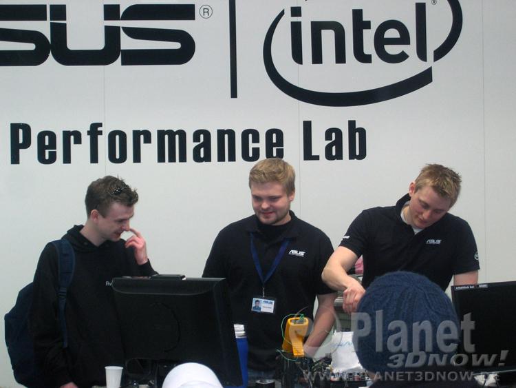 Link zur Bildergalerie vom ASUS   Intel Performance-Lab