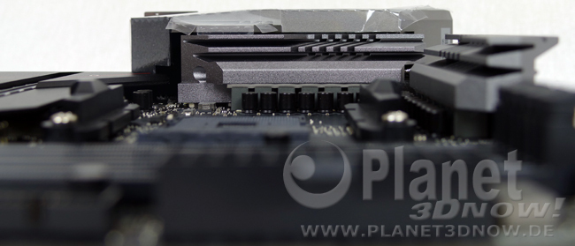 ASRock X570 Phantom Gaming X: Layout