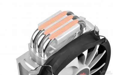 thermaltake-frio-silent-series-with-solid-cooper-heat-pipes-dissipate-heat-effectively-allowing-maximum-heat-conductivity